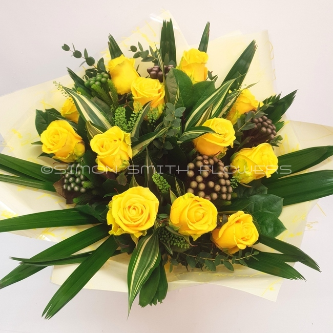 Click to view DOZEN YELLOW ROSES